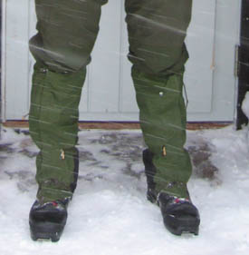 A pair of gaiters.