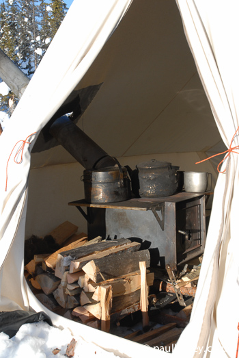 Stove, wood, pots