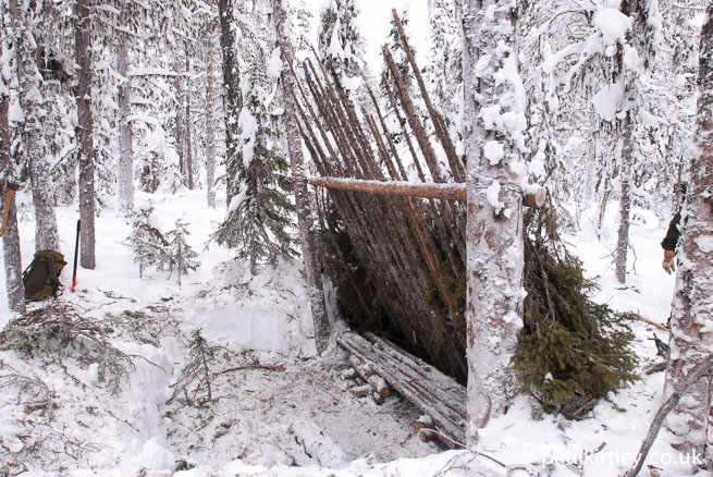 Winter bushcraft shelter