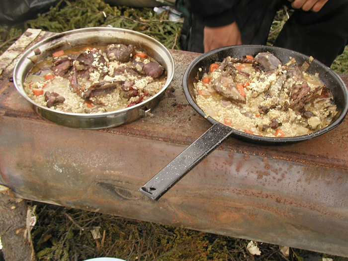 Innu food in frying pans