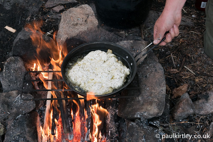 Put the pan back onto the heat. Photo: Amanda Quaine.