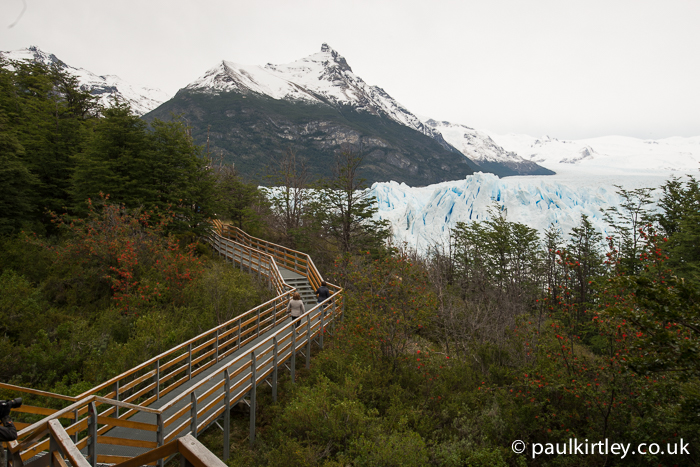walkways at Perito Moreno