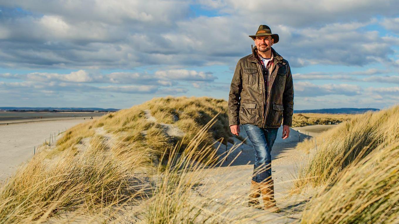 Tristan Gooley in sand dunes